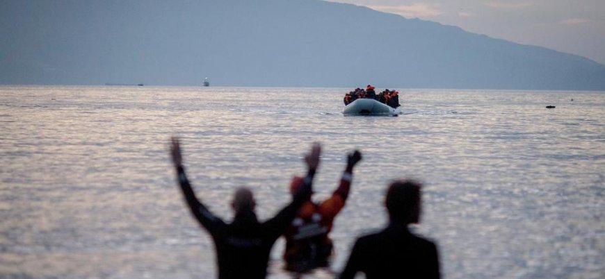 Tunus açıklarında mülteci teknesi battı: 70 ölü