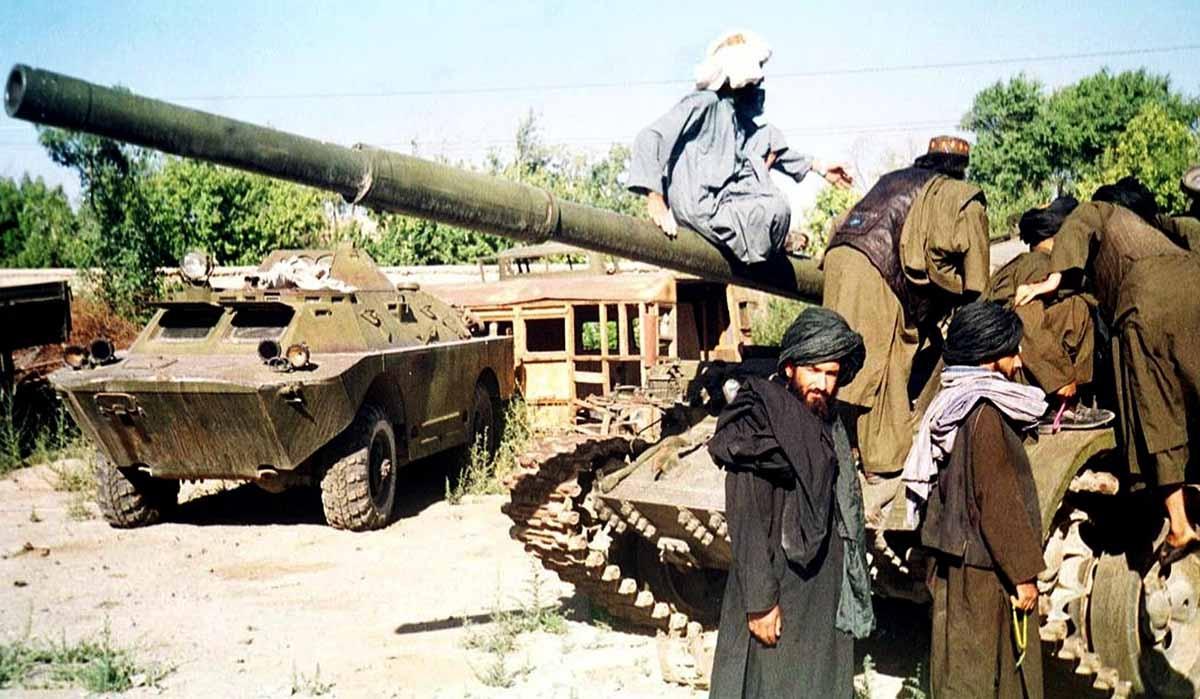 Taliban yeni ABD başkanına seslendi: Askerlerinizi geri çekin
