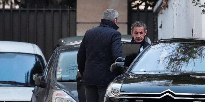 Sarkozy adli denetim ile serbest