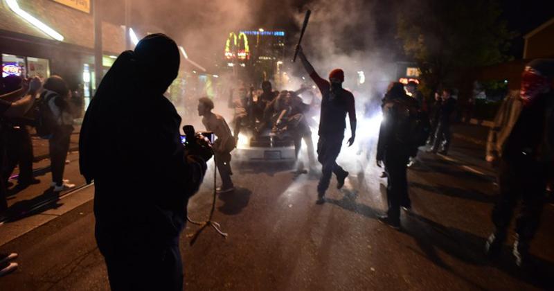 ABD'de Trump karşıtı protestolar hız kesmiyor