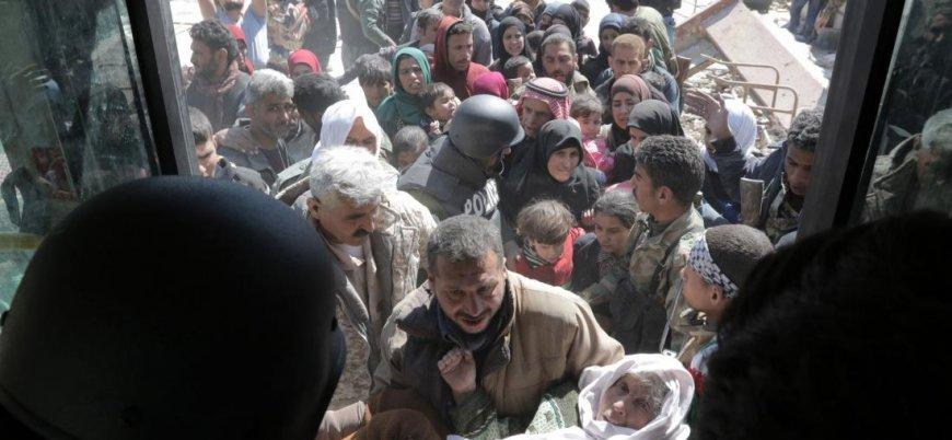 Suriye rejimi Doğu Guta'dan kaçan yüzlerce sivili tutukladı
