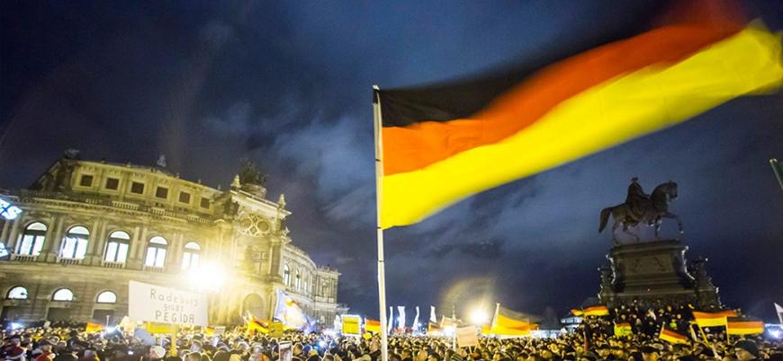 Almanya hükümetinde İslam'a bakış çatlağı
