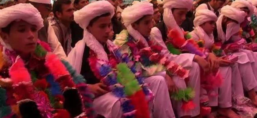 Afganistan'da dehşet anları: ABD destekli güçlerin medrese bombardımanında 100'den fazla kişi öldü