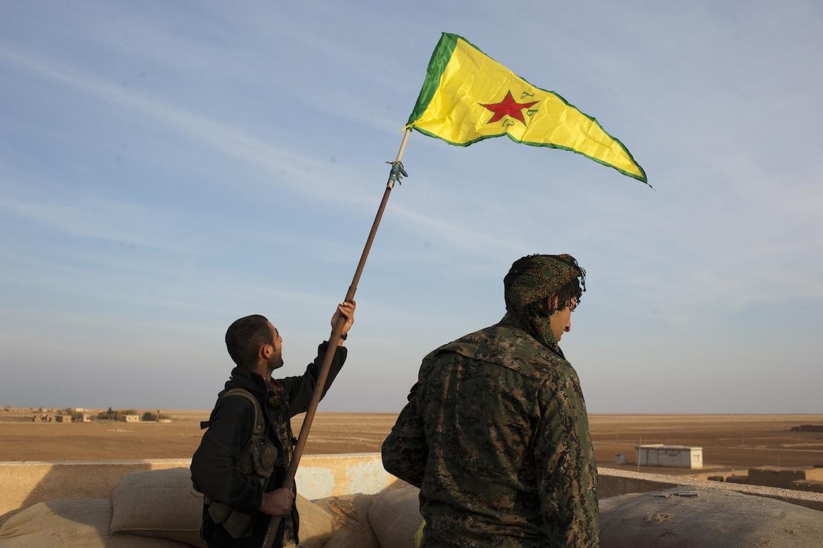 ABD'den tutarsız açıklamalar: YPG, Menbic'te mi değil mi?