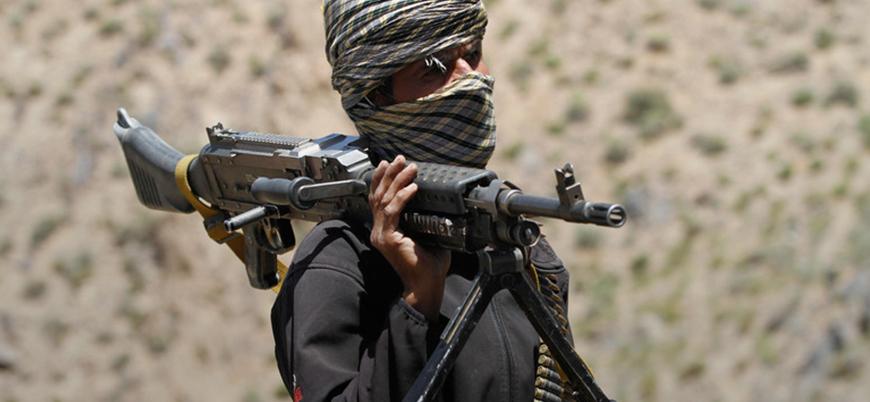Taliban, Afganistan'da bir ilçeyi daha ele geçirdi