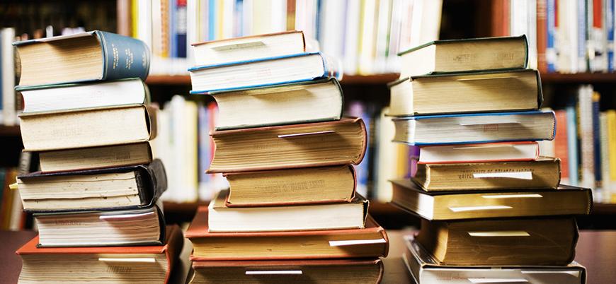 Profesörün tweeti değişim getirdi: Yurtdışından gelen kitaplara vergi muafiyeti