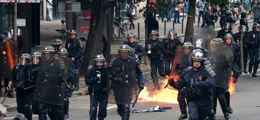 Fransa'da hükümet karşıtı gösteriler sürüyor