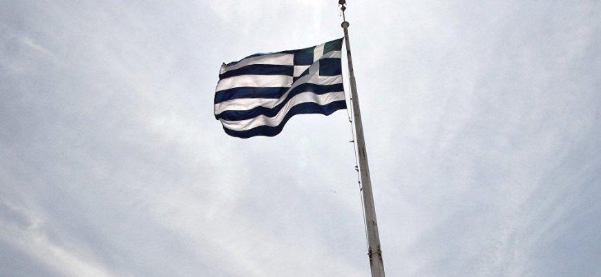 Ege'de gerilim: Sahil Güvenlik müdahale etti, Yunan bayrağı kaldırıldı