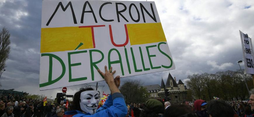 Fransa'da eylemler eğitime de darbe vuruyor