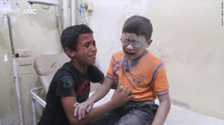 Halep'te insanlık dramı: Hastanelerin tamamı kapatıldı