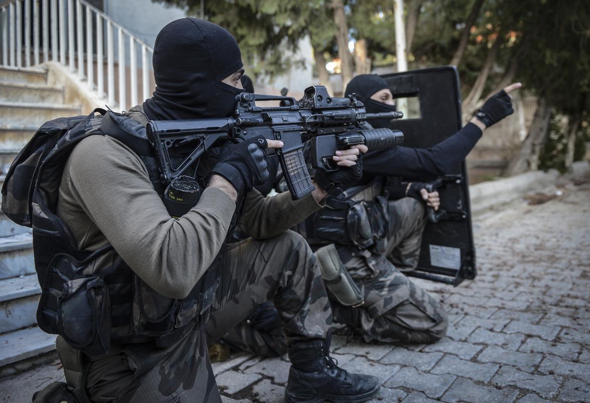 """""""Türkiye'ye silah satışı durdurulmalı"""""""