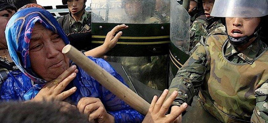 Çin'in toplama kamplarından kurtulmayı başaran Uygur kadın: Öldürmeleri için yalvardım