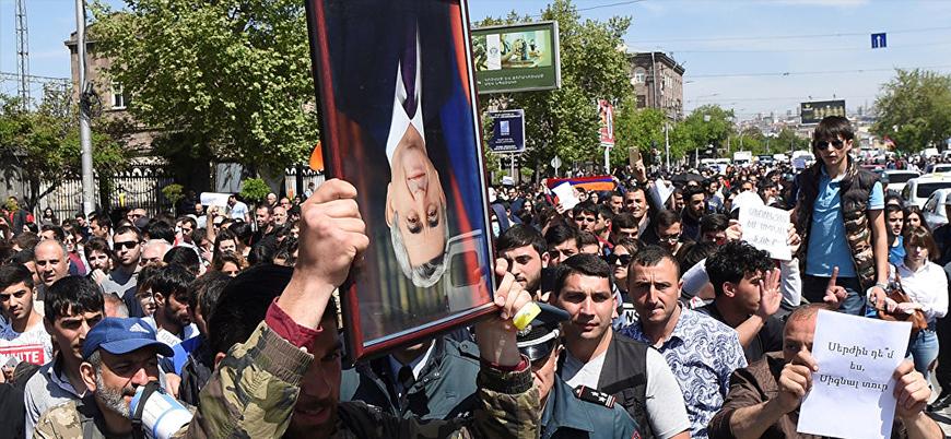 Ermenistan'da gösteriler hız kesmiyor: Protestocuların lideri gözaltında