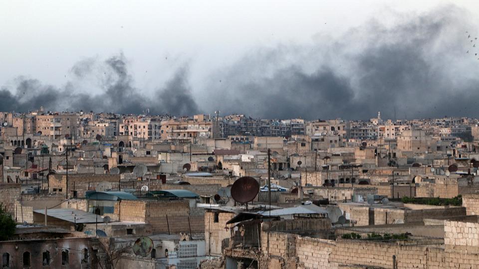 Halep'te 'son beş yılın' en ağır bombardımanı: Bir haftada 300 kişi hayatını kaybetti