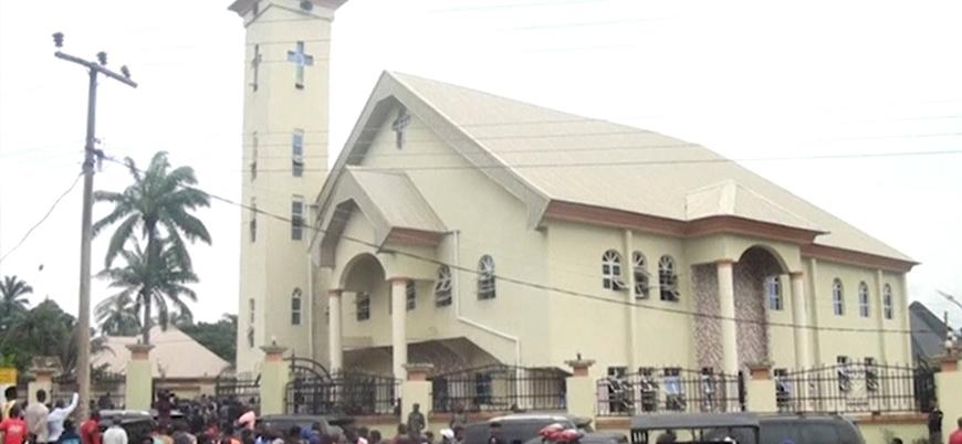 Nijerya'da kiliseye saldırı: 15 ölü