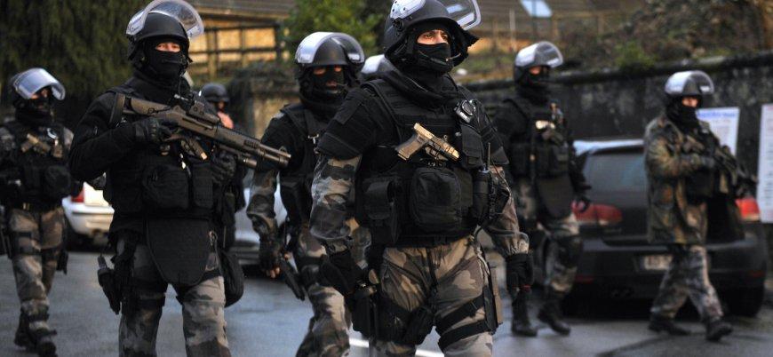 Fransa'da öğrencilerin işgal ettiği üniversitelere operasyon