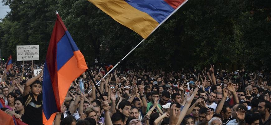 Putin ve Sarkisyan Ermenistan krizini görüştü