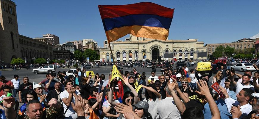 Ermenistan'da çözüm arayışları sürüyor