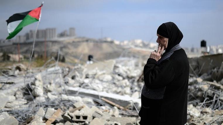 Filistinli aileye ait ev ateşe verildi