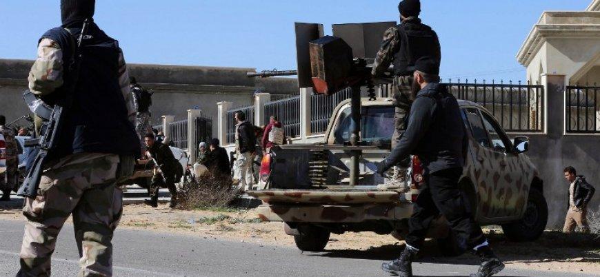 Libya'da canlı bomba saldırısı: 11 ölü