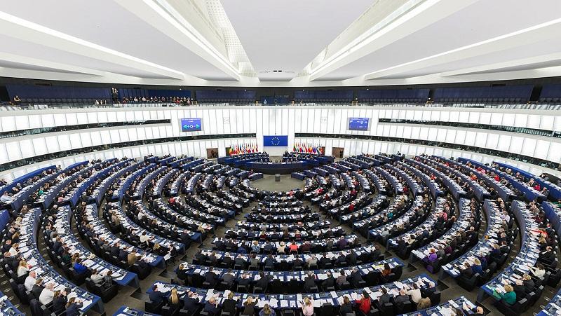 Avrupa Parlamentosu, Türkiye ile müzakerelerin durdurulmasını istiyor