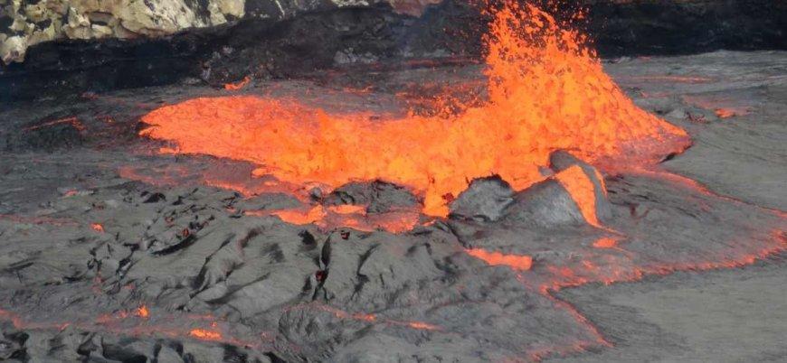 Kırmızı alarm: Kilauea Yanardağı faaliyete geçti