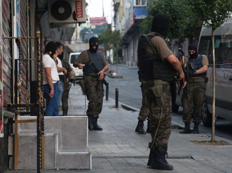 Bitlis Belediye Başkanı'na gözaltı