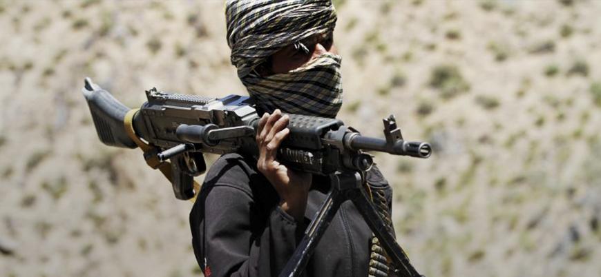 Afganistan'da IŞİD komutanı Taliban'a teslim oldu