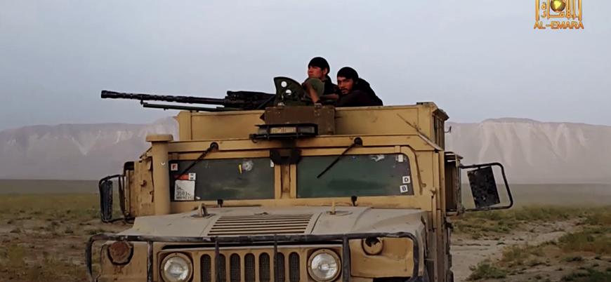 Afganistan'ın güneyinde bir ilçe Taliban kontrolüne geçti