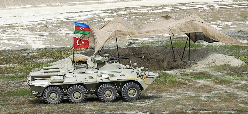 Azerbaycan'dan Ermenistan'a askeri operasyon' mesajı