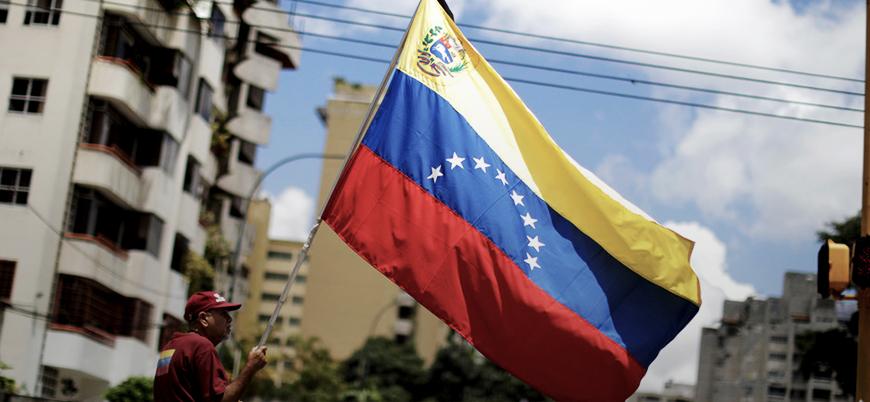 Venezuela devlet başkanı seçimi için sandık başında
