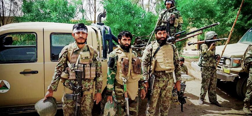 Taliban Afganistan'ın güneyinde bir ilçeyi daha ele geçirdi