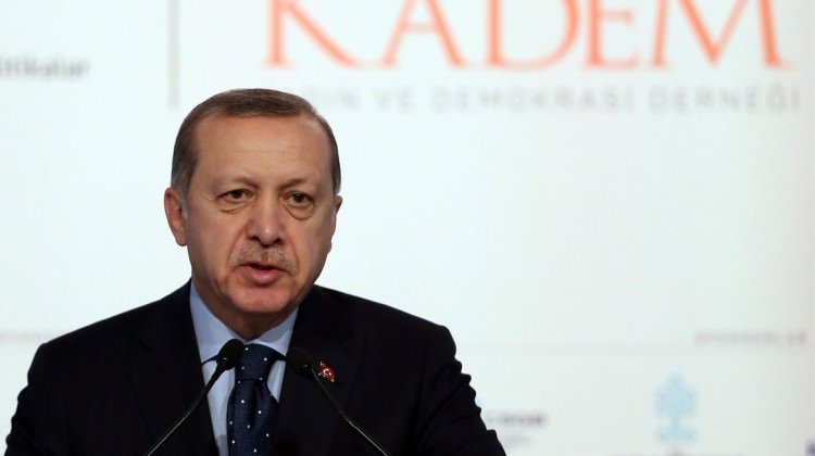 Erdoğan'dan AB'ye 'sınırları açarız' tehdidi