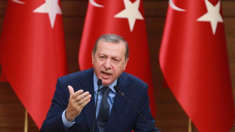 Türkiye'nin AB'ye karşı ilk hamlesi: Geri kabul anlaşması iptal edilecek