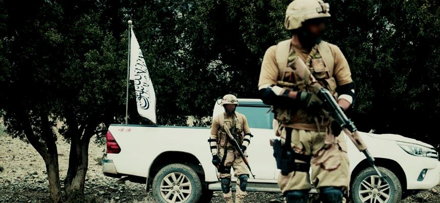 Taliban Afganistan'ın güneyinde bir askeri üssü ele geçirdi