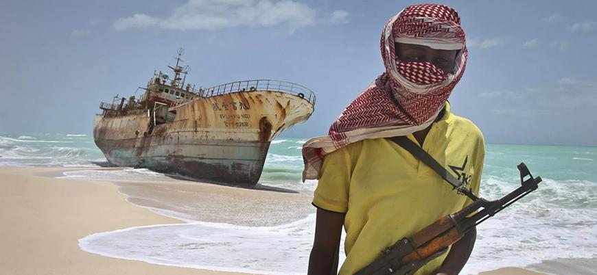 Somali'de korsanlık geri mi dönüyor?