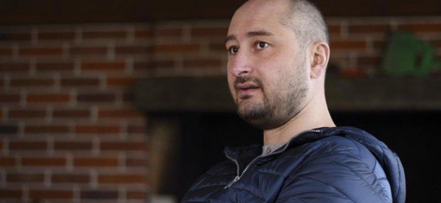 Öldü denilen Rus gazeteci Ukrayna'da canlı yayına çıktı