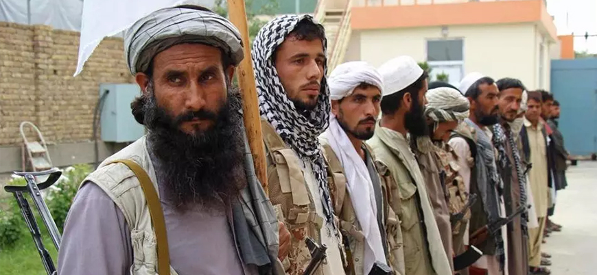Taliban Ferah'ta bir ilçeyi daha ele geçirdi