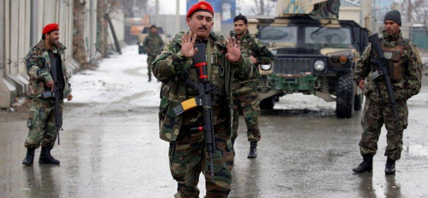 Taliban başkent Kabil'de bomba yüklü araçla saldırdı