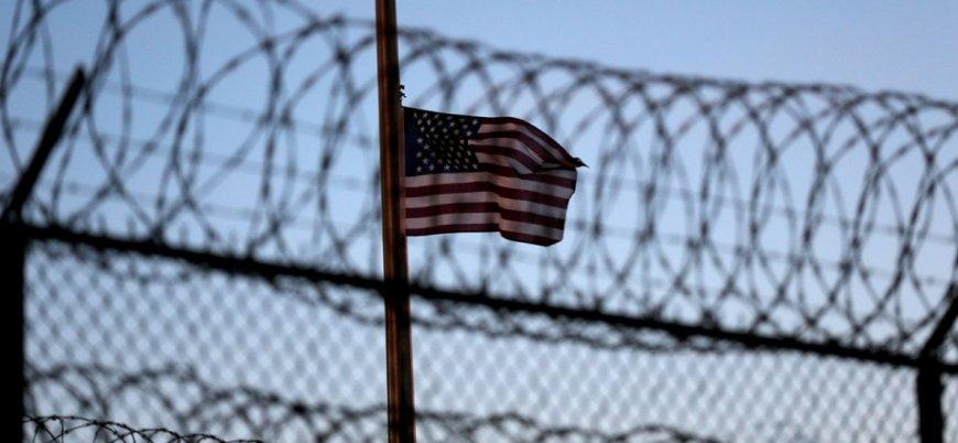 ABD'de kaçak göçmenler hapishanelere naklediliyor