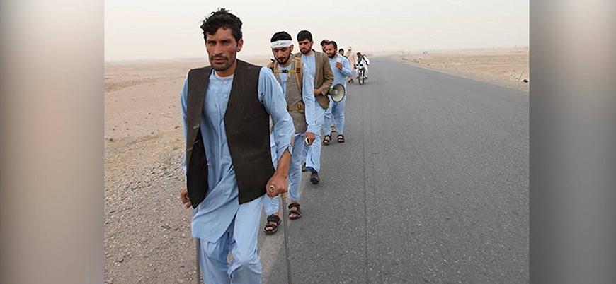 Afgan halkının talebi: Yabancı askerler ülkeyi terk etsin