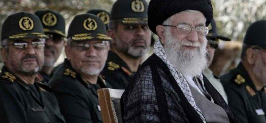 Devrim Muhafızlarından Ruhani'ye mesaj: Kötü yönetiliyoruz