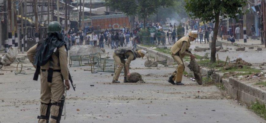 Hindistan Keşmir'de 'merkezi yönetim' ilan etti