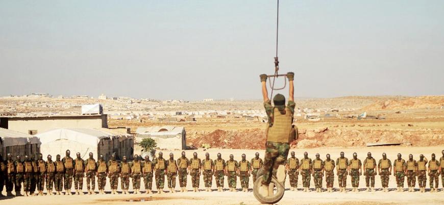 Suriyeli muhaliflerden gövde gösterisi