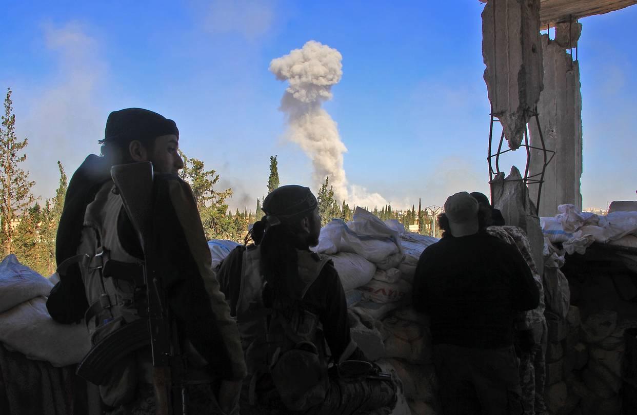Kuşatma altındaki Halep'te muhalifler birleşti