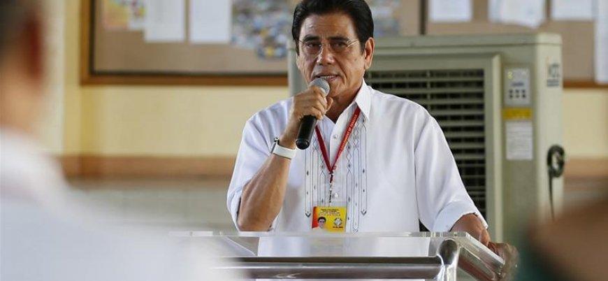 Filipinler'de belediye başkanı tören sırasında vurularak öldürüldü