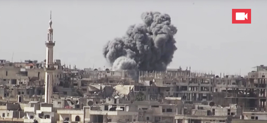 'Garantör' Rusya'ya ait savaş uçakları Dera'yı böyle vuruyor
