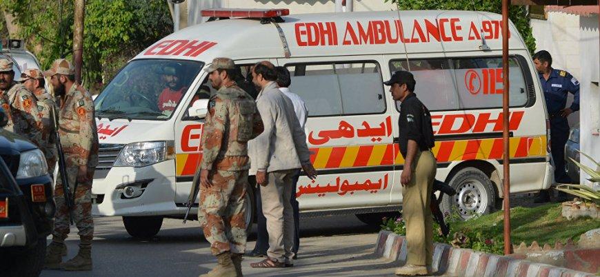 Pakistan'da mitinglere bombalı saldırı: 29 ölü 82 yaralı