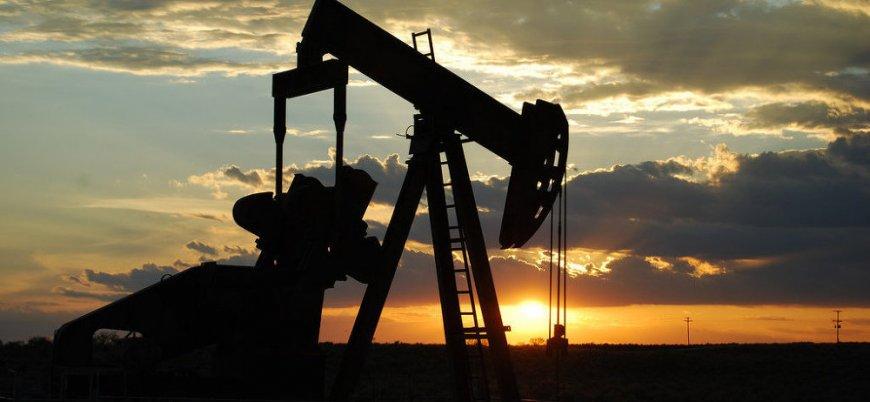 Japonya İran'la petrol ilişkisini bitiriyor
