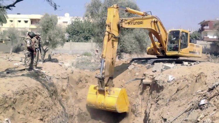 Mısır ordusu, Gazze'ye uzanan 7 tüneli yıktı